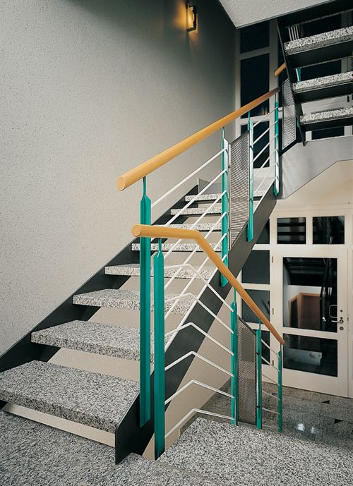 在楼梯的设计中感受家装的时尚的格调 (10)