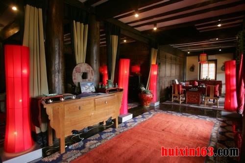 浪漫大方的藏式家装装饰格调之古典的藏式家具图片