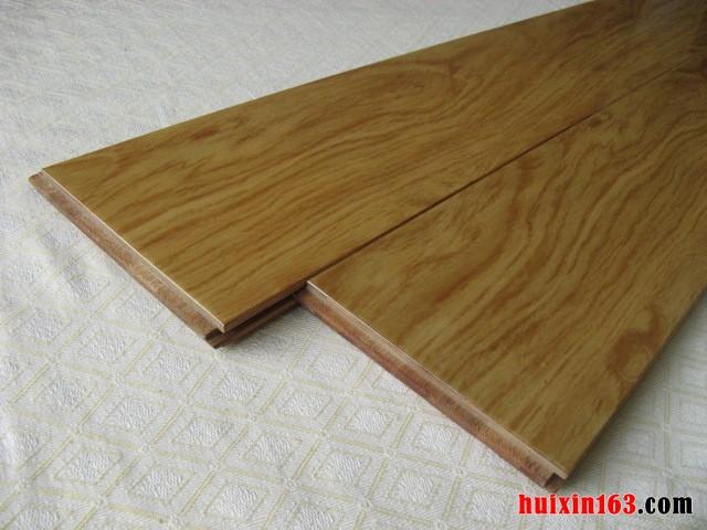 办公装修中实木地板四方法铺设(1)